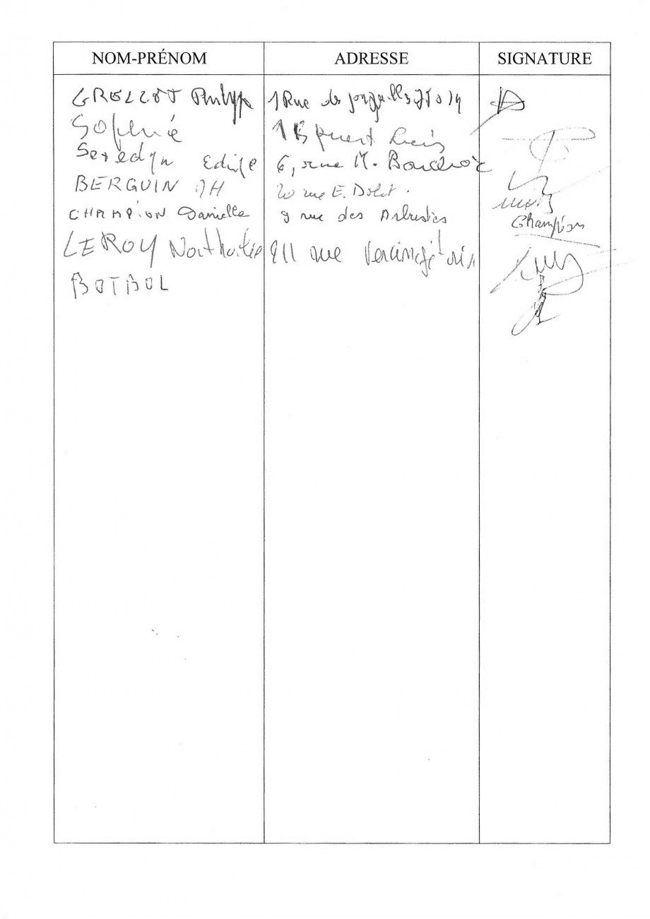 CGT_POSTAUX_PARIS_SIGNATURES_PAPIER_PETITION_POSTE_PLAISANCE-LOSSERAND_251_SIGNATURES_03.jpg